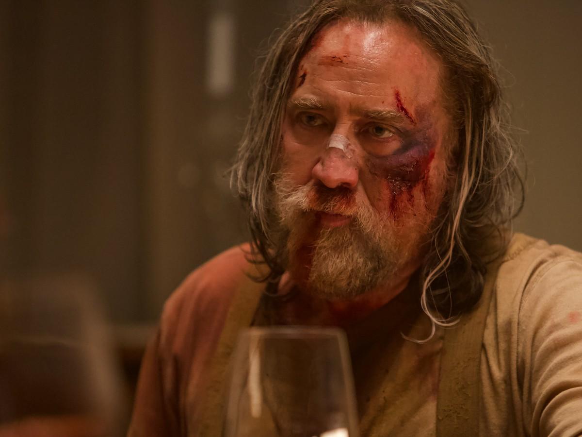 Adeus, Viúva Negra: Filme do momento para crítica envolve porca e Nicolas Cage