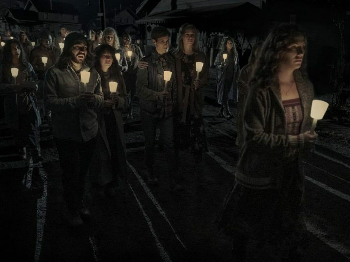 A Missa da Meia-Noite tem ligação secreta com série da Netflix