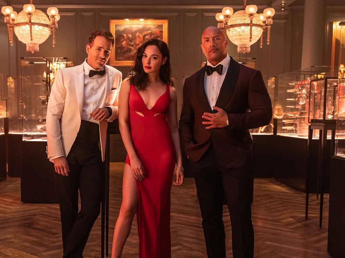 Alerta Vermelho: The Rock e Ryan Reynolds tentam pegar Gal Gadot em trailer